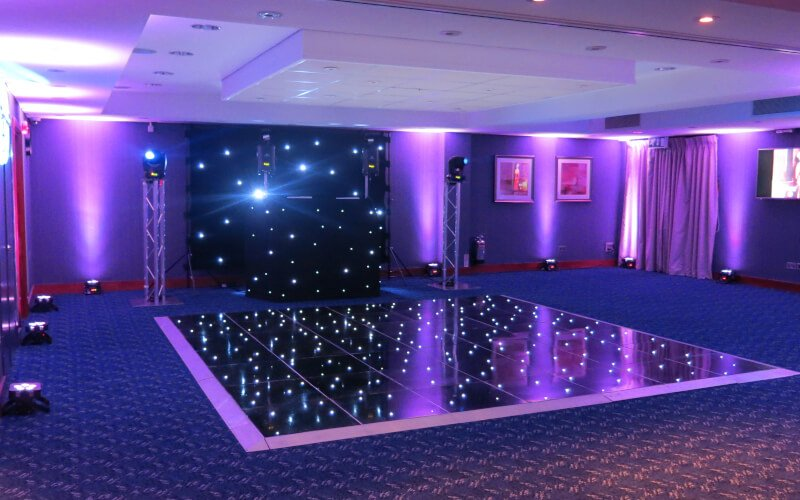Mandolay Hotel - Black Starlit Dance Floor